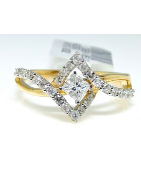 Princess Cut Diamond Ring in 14K Yellow Gold (0.51 Ct)