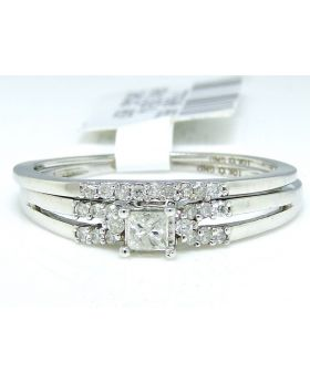 Princess Cut Diamond Ring in 10K Whtie Gold (0.21 Ct)