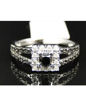 Ladies 10K White Gold Diamond Halo Solitiare Fashion Engagement Ring 0.58 Ct