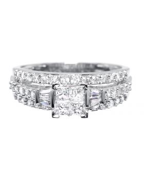 Engagement Ring with Princess Diamond Quad (1.0 ct)