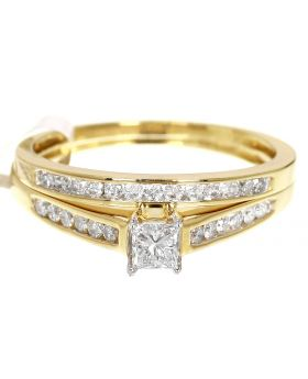 Princess Cut Solitaire Diamond Ring Set in 10K Gold (0.50ct)