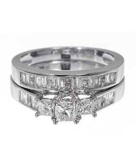 3 Stone Princess Cut Bridal Ring Set in White Gold (1.0 ct)
