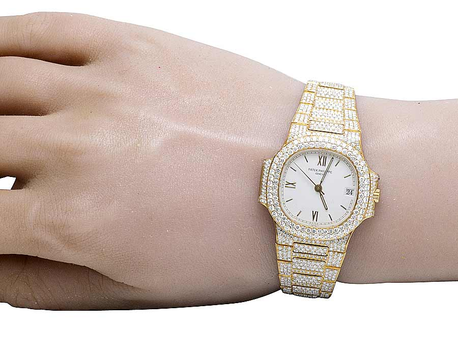 18k Yellow Gold Ladies Patek Philippe Nautilus 3800 001