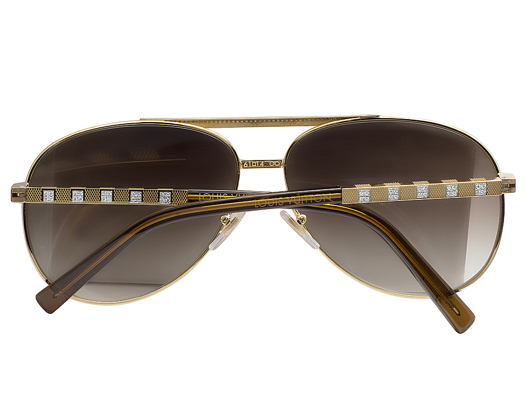 307083b883 Mens Custom Louis Vuitton Brown Shades Attitude Pilote Diamond Sunglasses  Z0339U 1.85CT