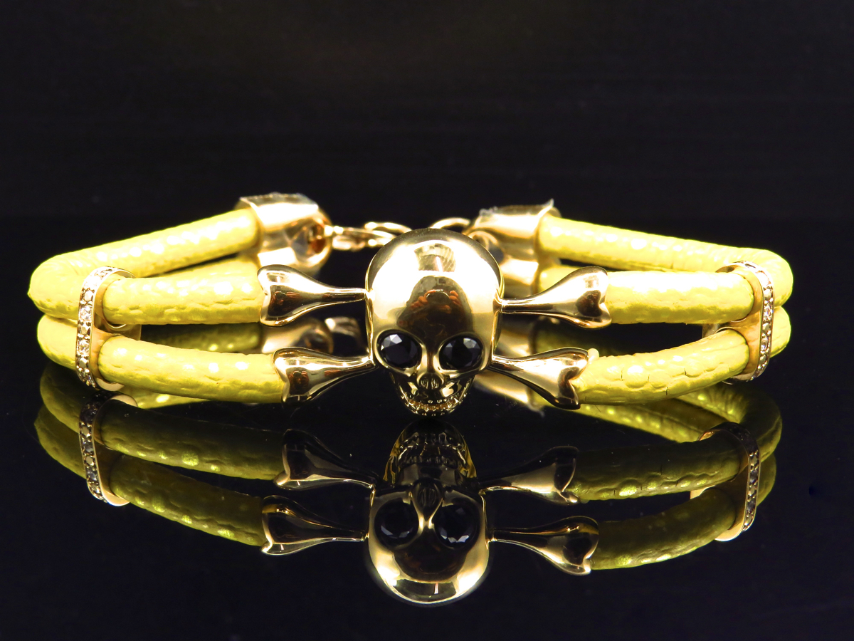 Sterling silver 925 gold plated and black finish  diamonds skull bracelet flexible for all sizes price for 1 psc.